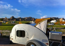 Small Campers With bathrooms: Top 10 Options For The Best RV Experience 1
