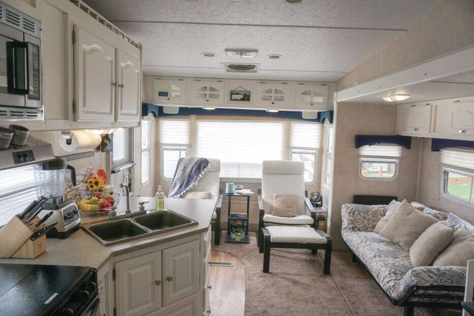 Motorhome driving tips: clean and secure interior