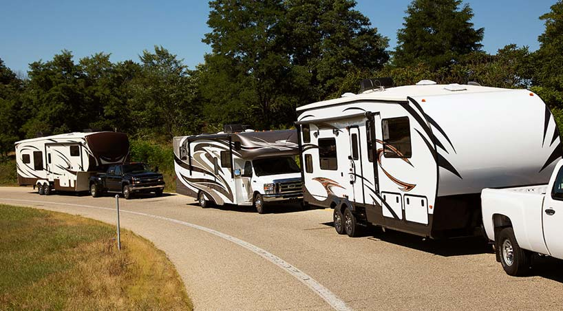 Motorhome driving tips: turning radius